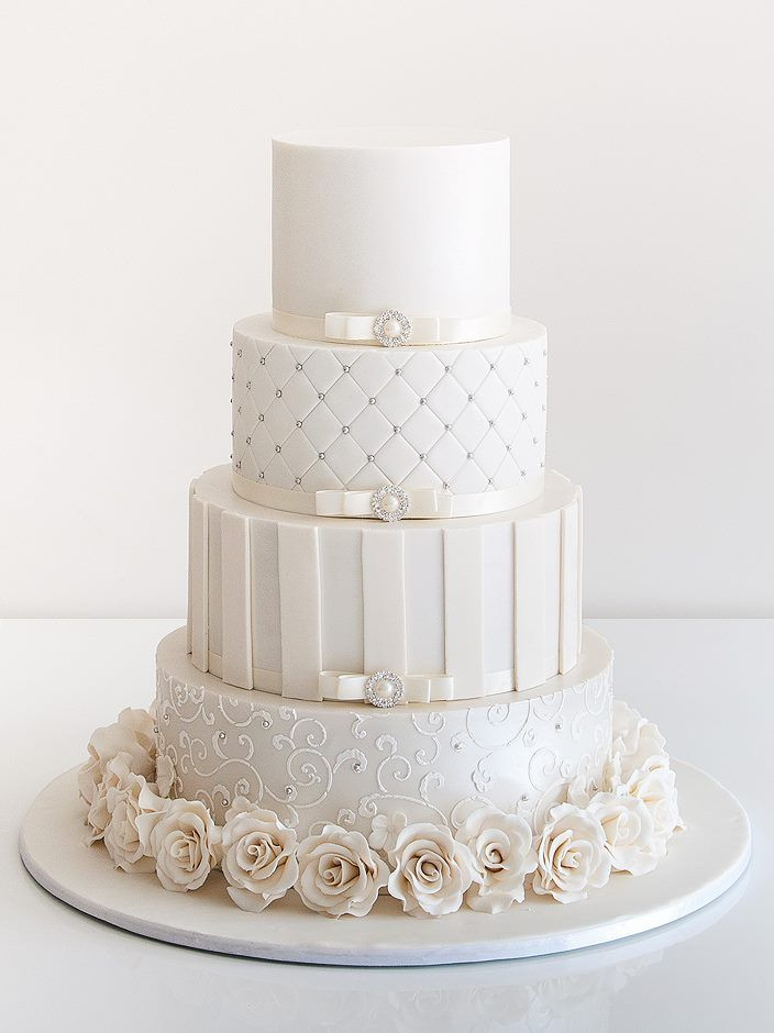 cd00152fef Az esküvői torta   Esküvői Magazin