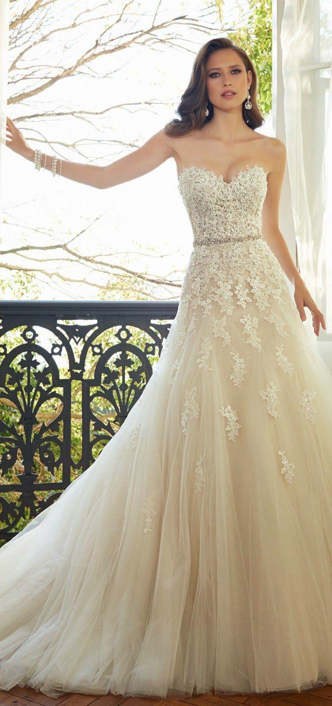 A menyasszonyi ruha megvarrása